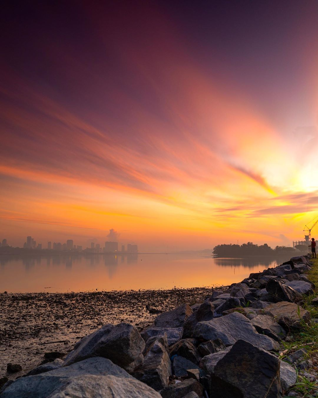 sunrise and sunset in singapore - kranji reservoir park