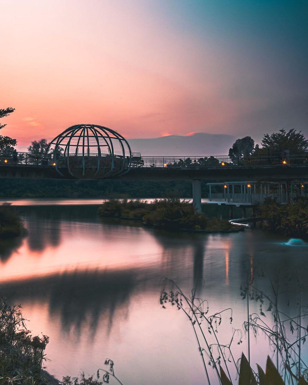 sunrise and sunset in singapore - punggol waterway park jewel bridge