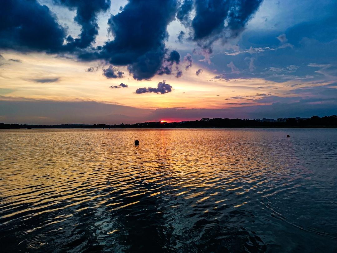 sunrise and sunset in singapore - yishun dam