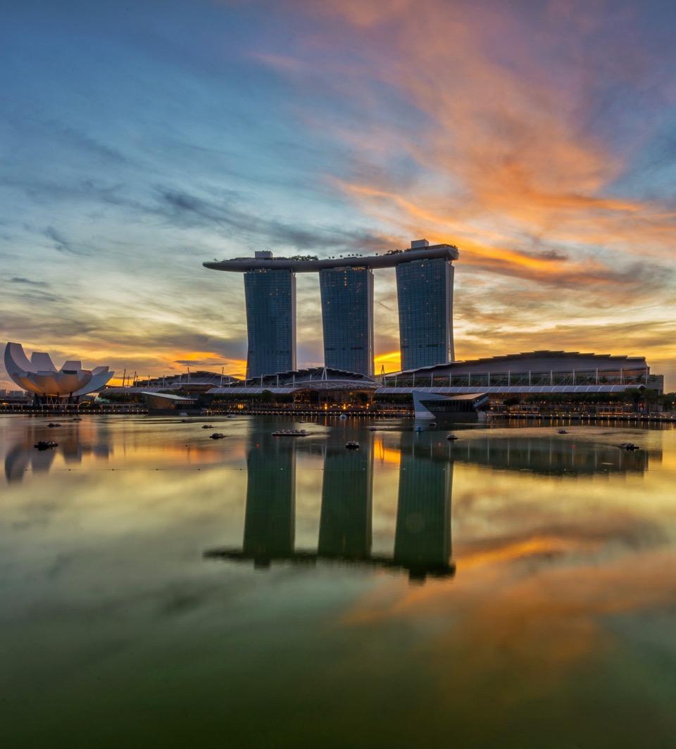 sunrise and sunset in singapore - marina bay sands