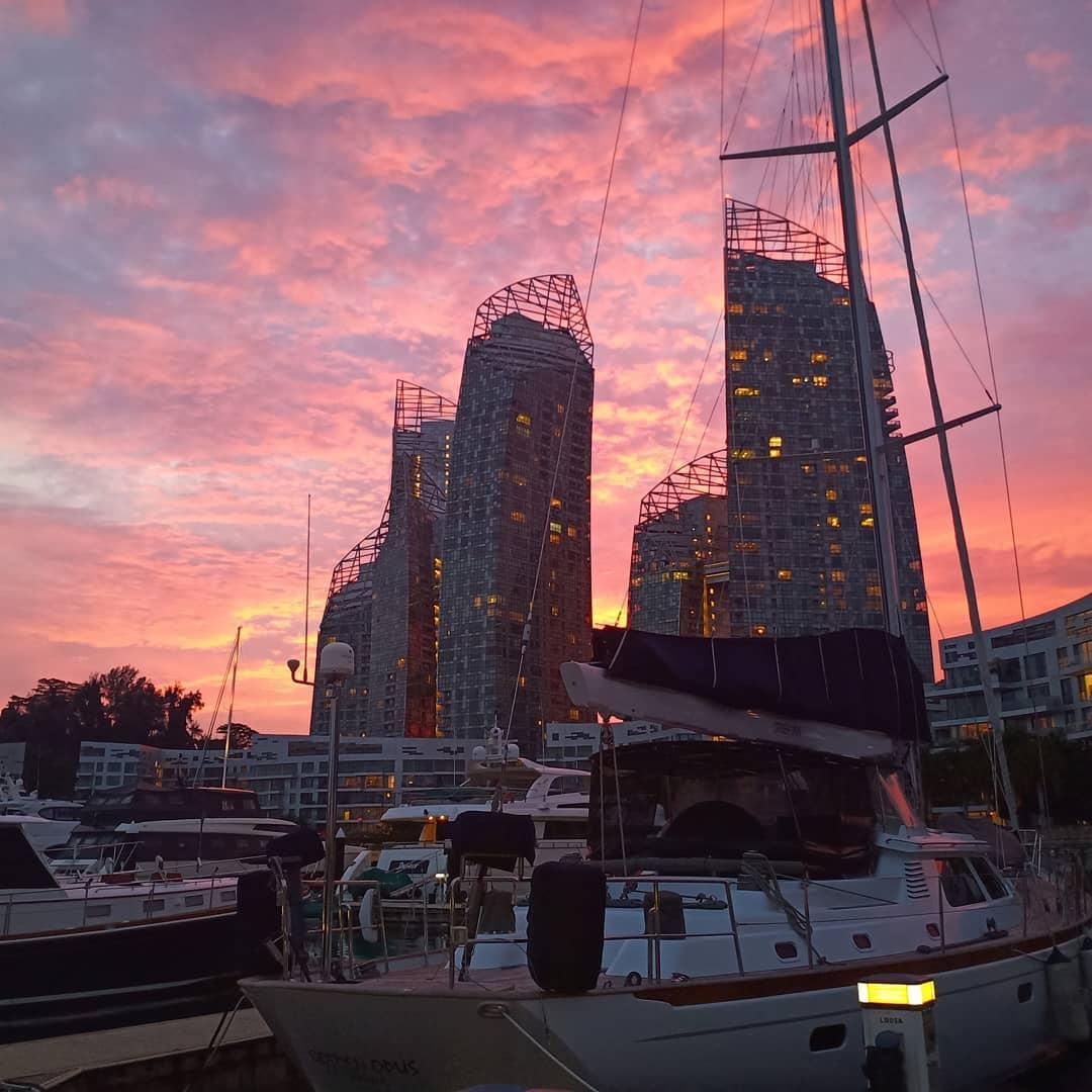 sunrise and sunset in singapore - marina at keppel bay