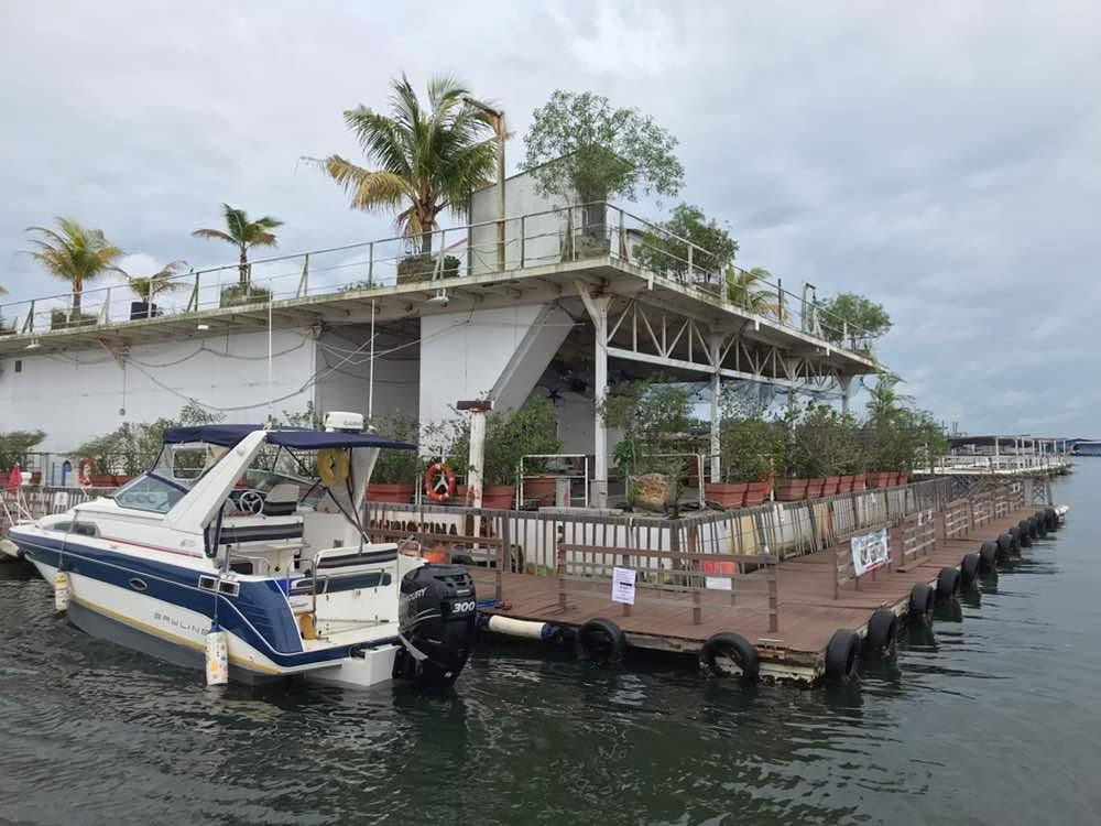 101 things to do in Singapore Smith Marine Floating Restaurant