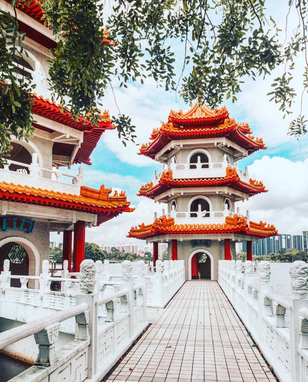101 things to do in Singapore Chinese and Japanese Gardens