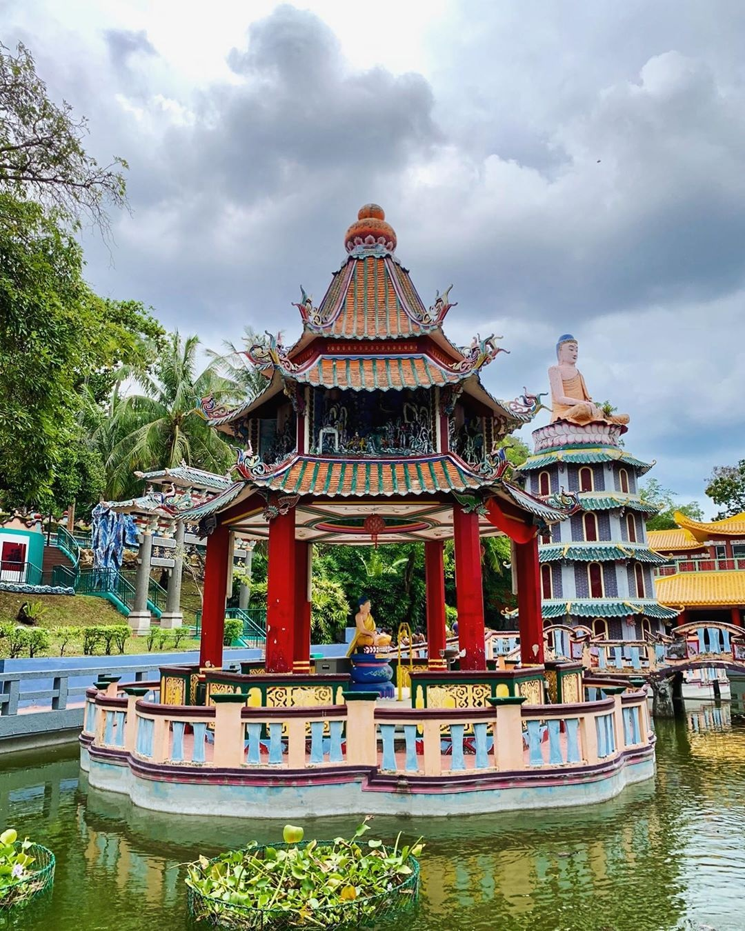 101 things to do in Singapore Haw Par Villa