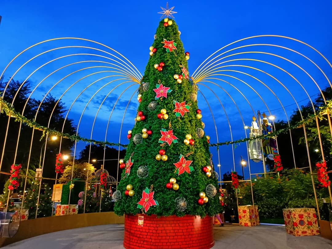 tanglin mall christmas garden