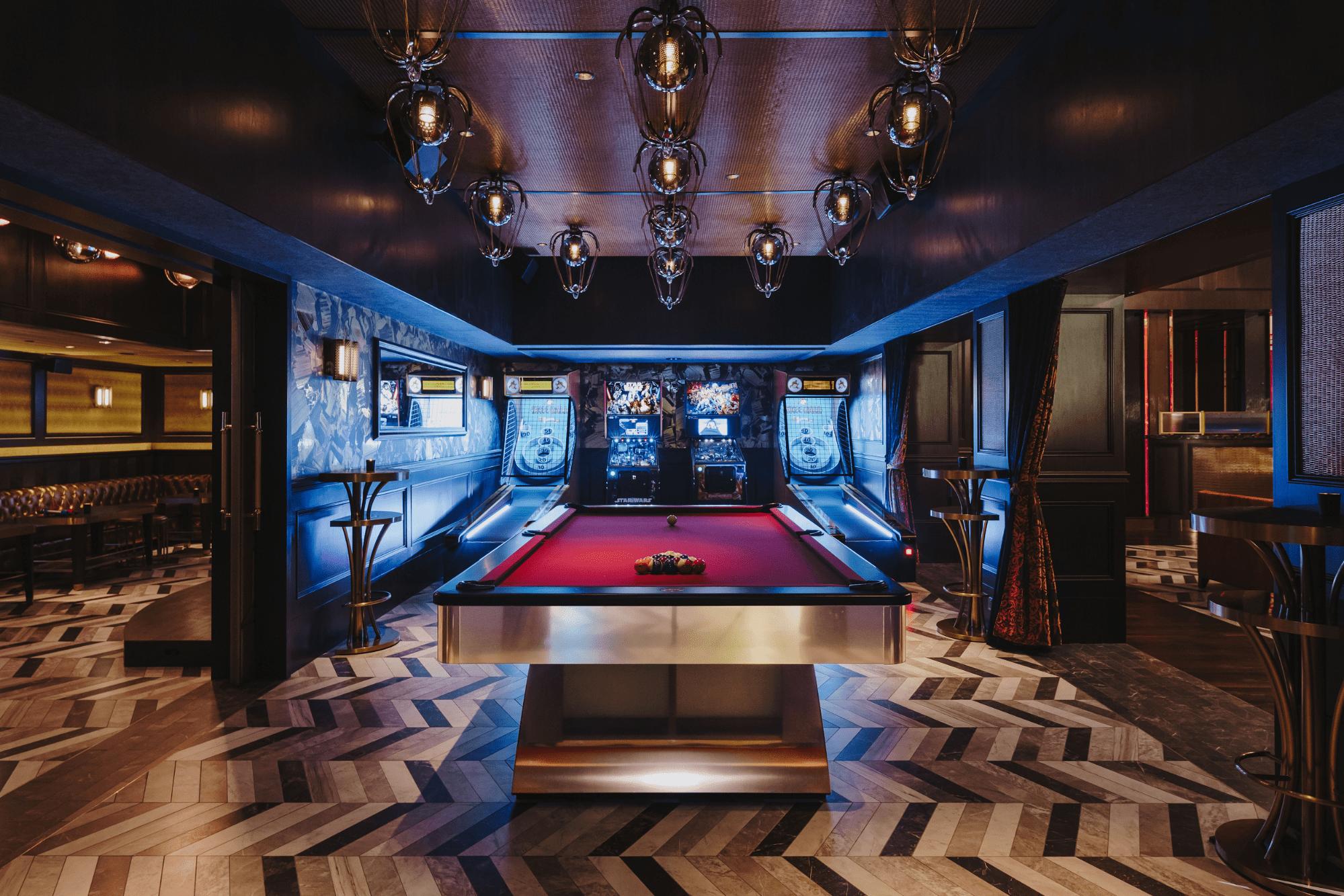 AVENUE Lounge