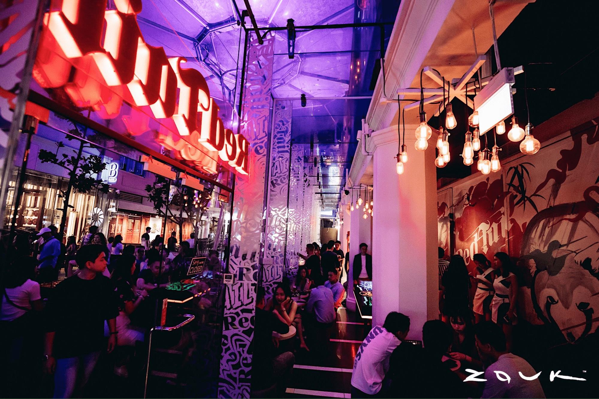 RedTail Bar