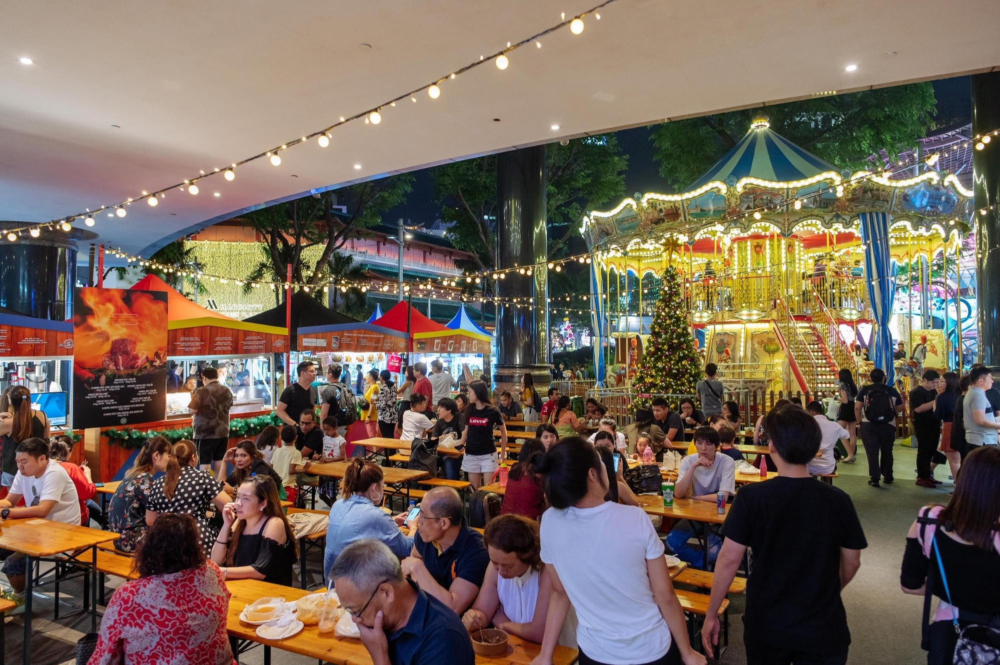 Nom Shaw House Orchard Road Christmas Village 2019