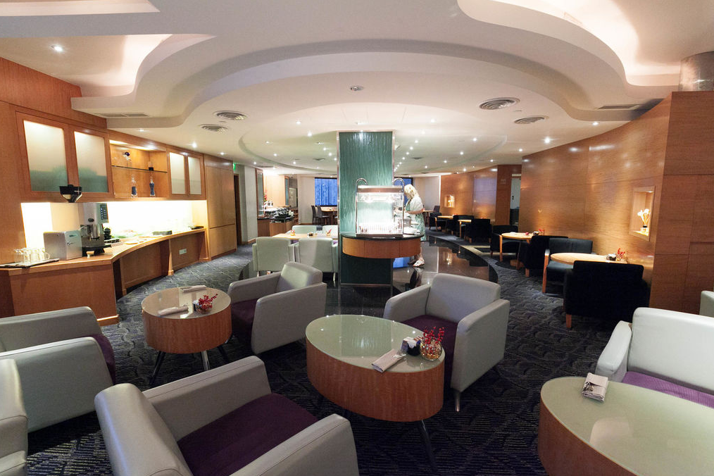 M Hotel Singapore m club lounge