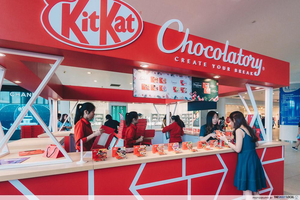Vivocity Late Night Shopping KitKat Chocolatory