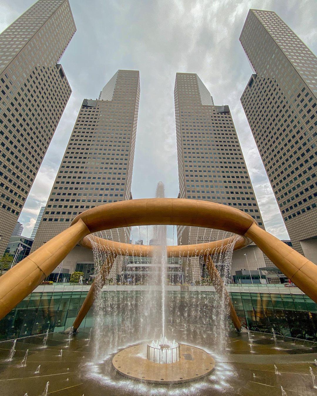feng shui in singapore architecture - suntec city