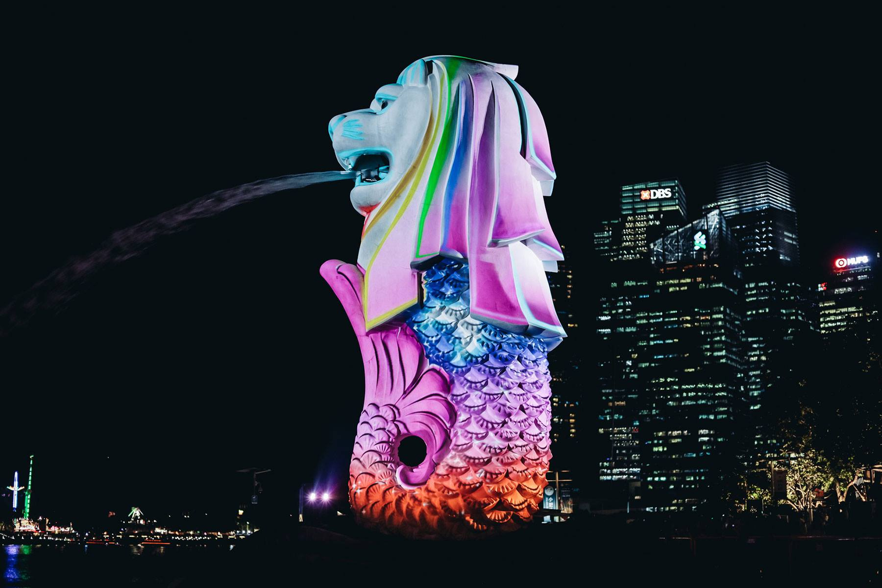 merlion lit up at the build a dream light projection show