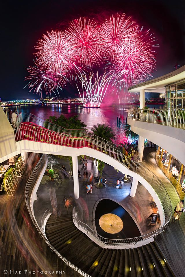 best fireworks viewing spots in singapore - vivocity skypark