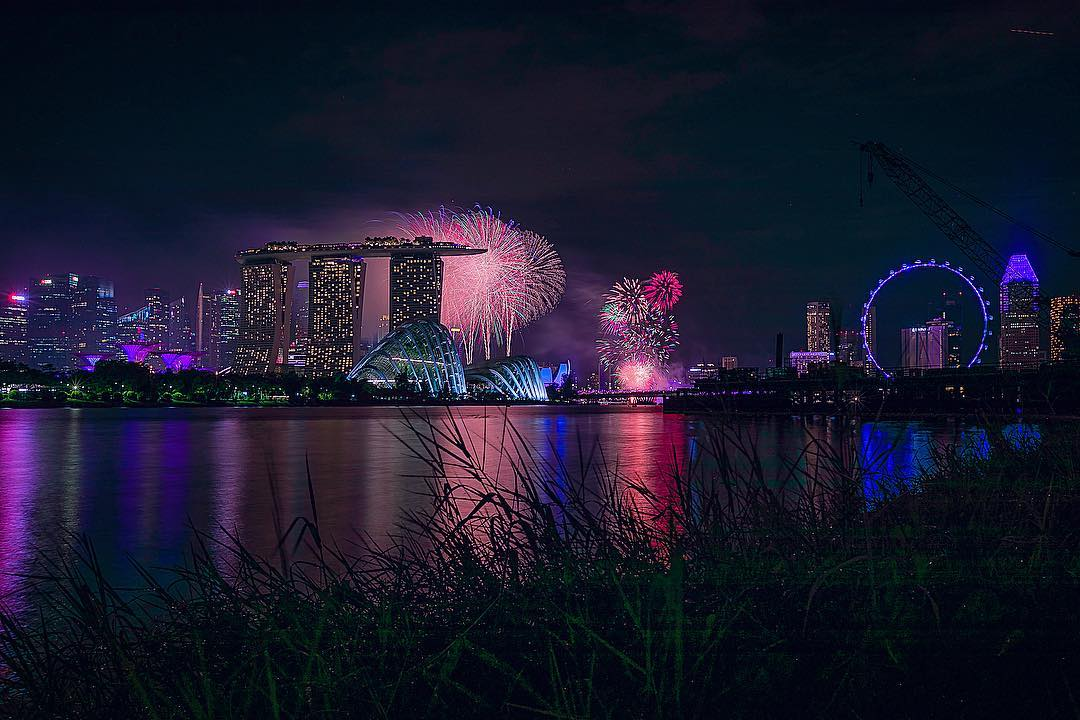best fireworks viewing spots in singapore - gardens by the bay