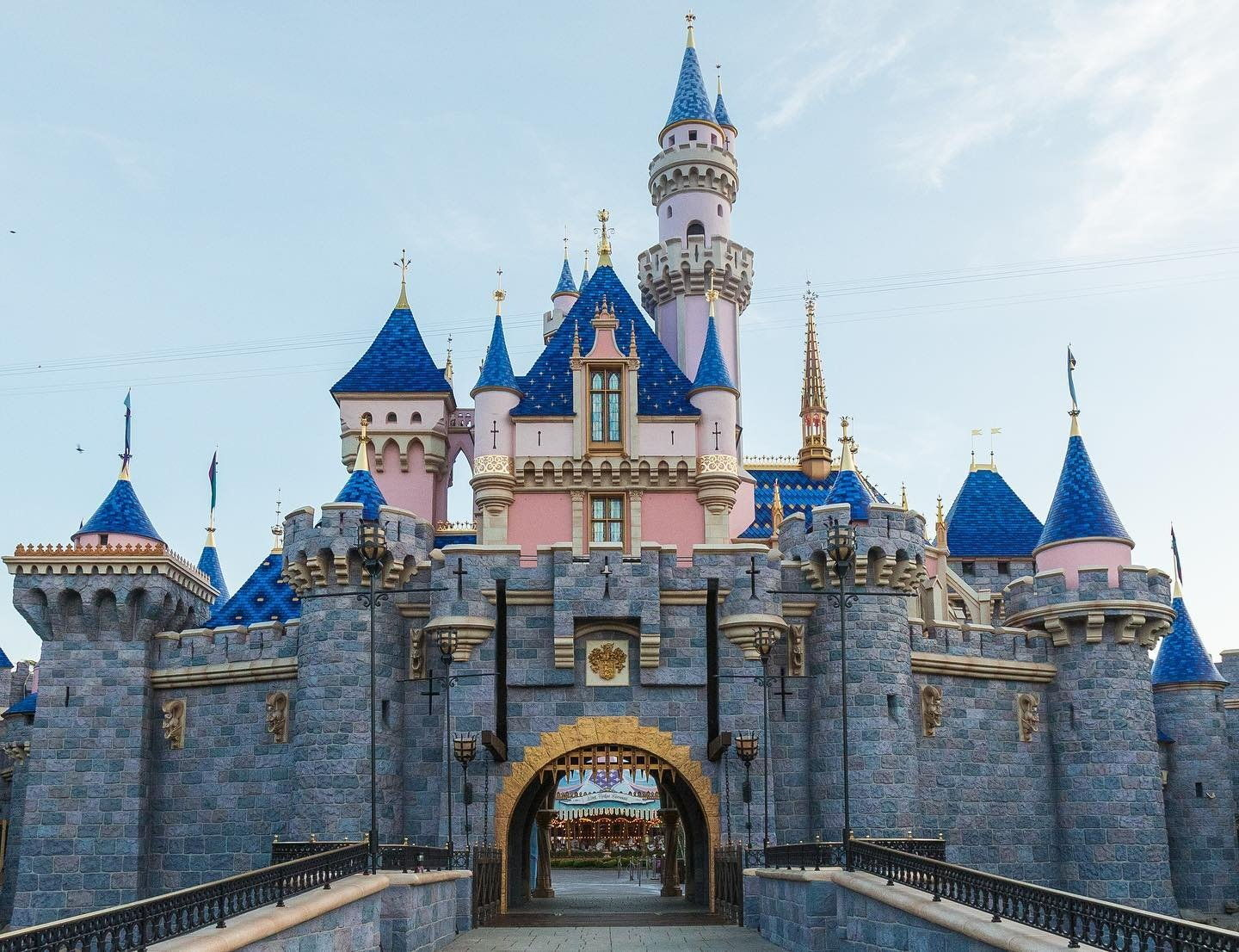 long weekend guide 2020 - hari raya haji and national day USA disneyland