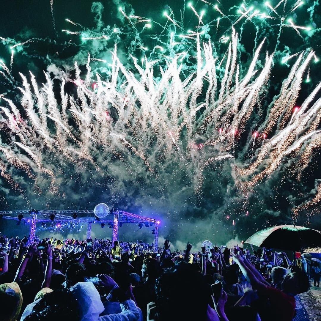 sentosa fireworks on new years eve