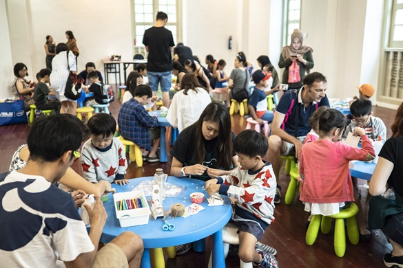 kids doing arts and craft