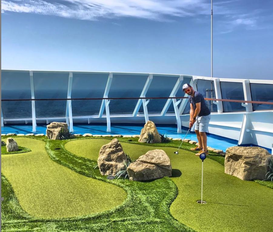 Oceania cruises mini golf