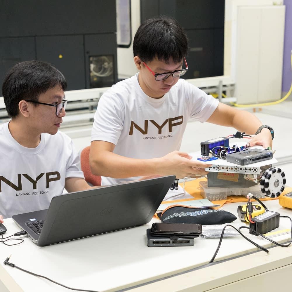 polytechnic to local university - mobile robotics competition