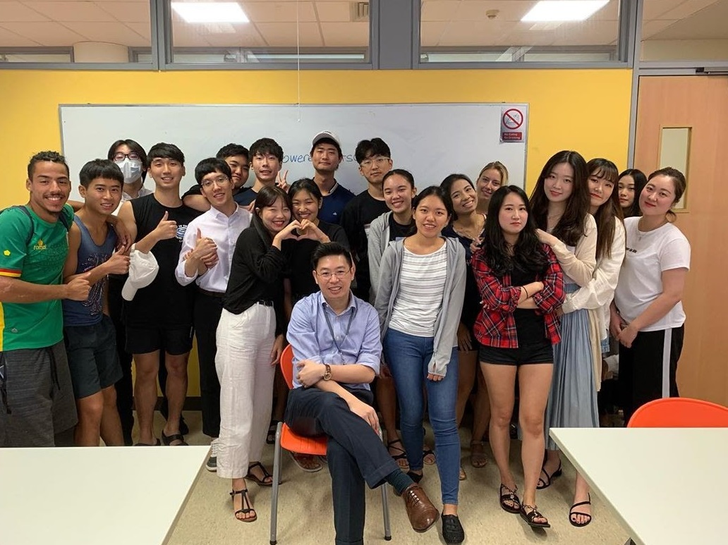 polytechnic to local university - students with lecturer in nanyang poly class