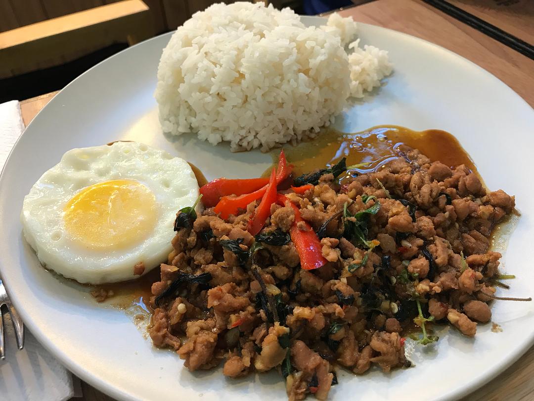 Lerk Thai 1-for-1 deals
