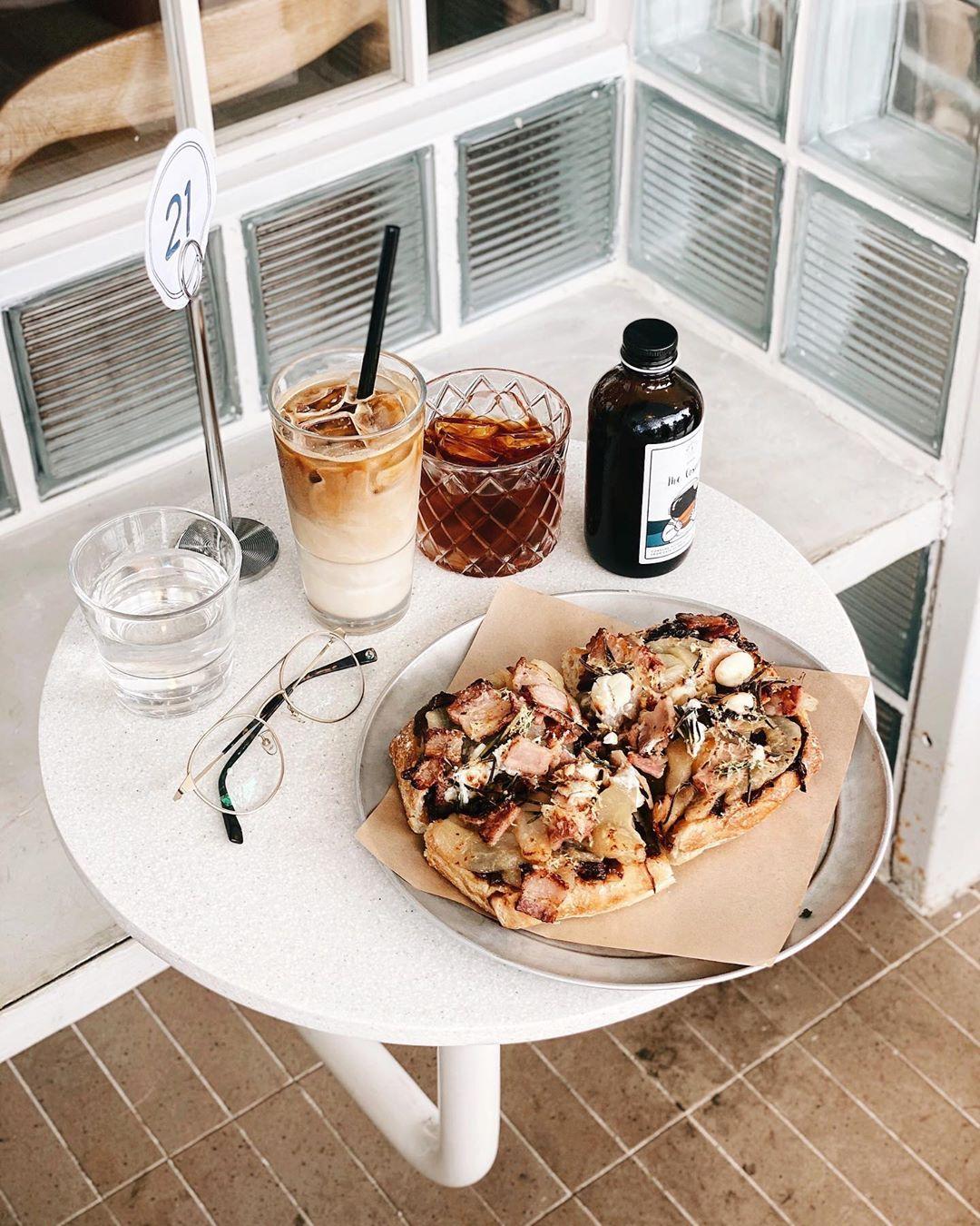 Apollo Coffee Bar