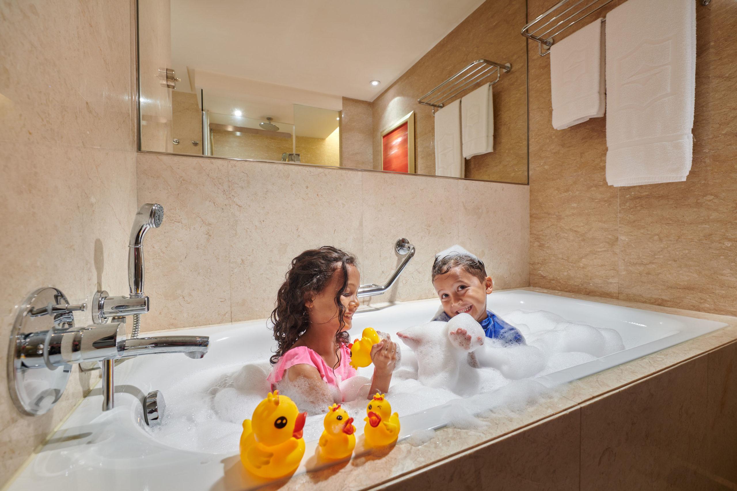 Shangri La Kuala Lumpur Kids Bathtub