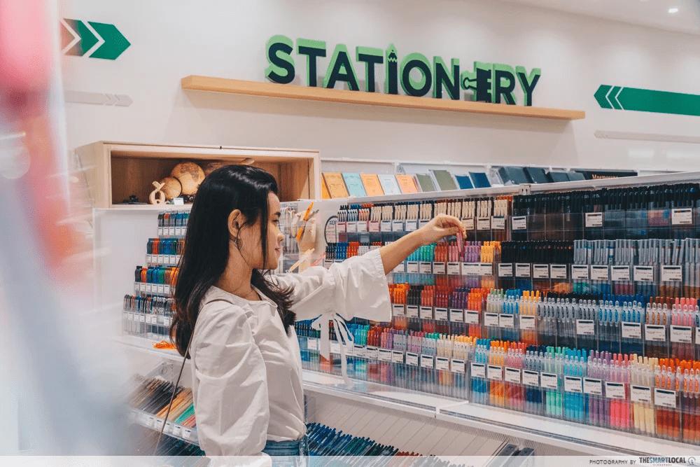 Stationary Stationery Similar Words Singapore