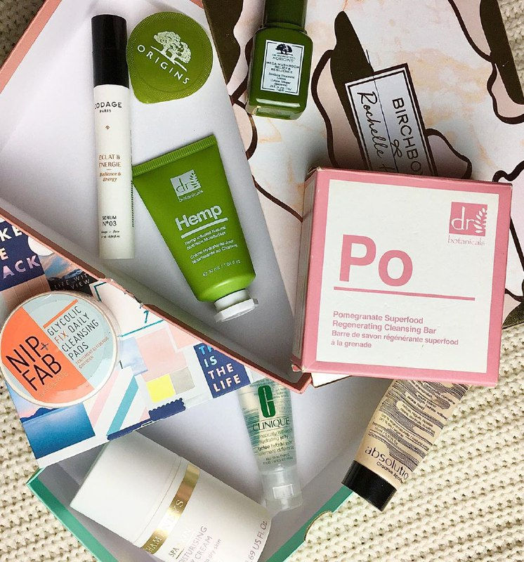 Pop-Up Pantry: A Valentine's Beauty Swap