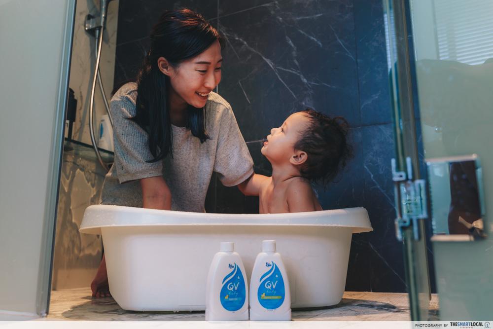 babies' bath time common mistake