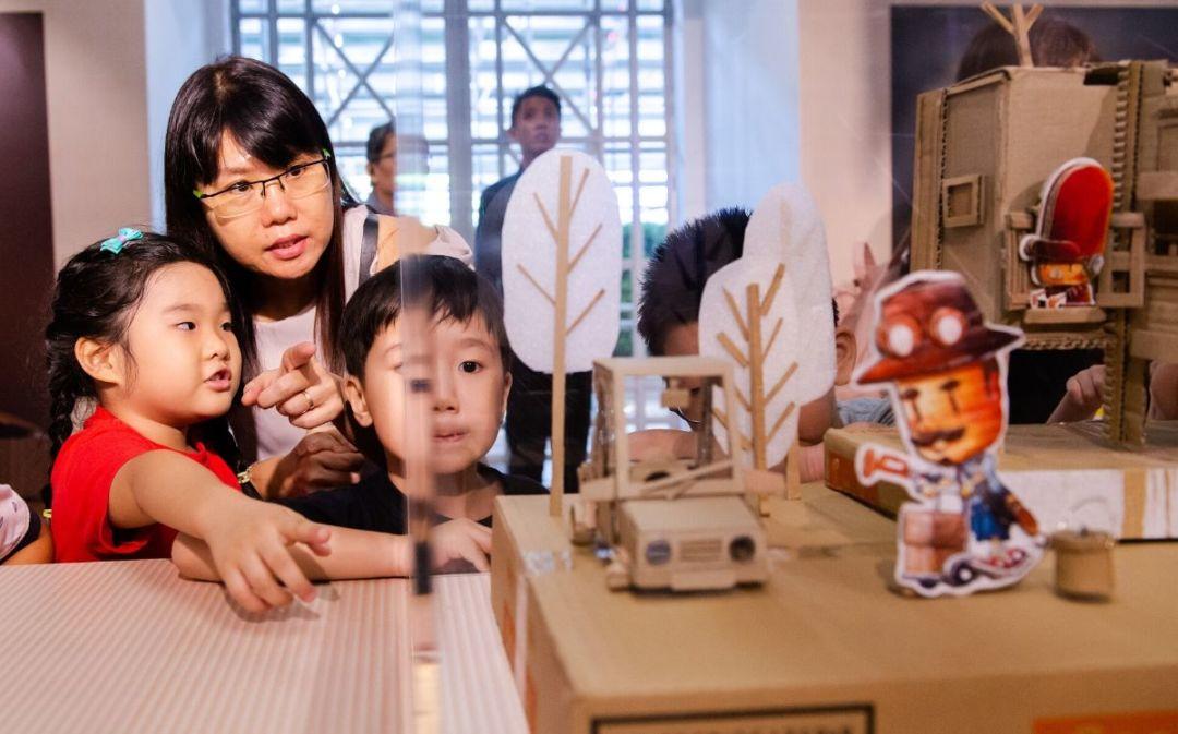 Embrace The World X Karang Guni Boy exhibition