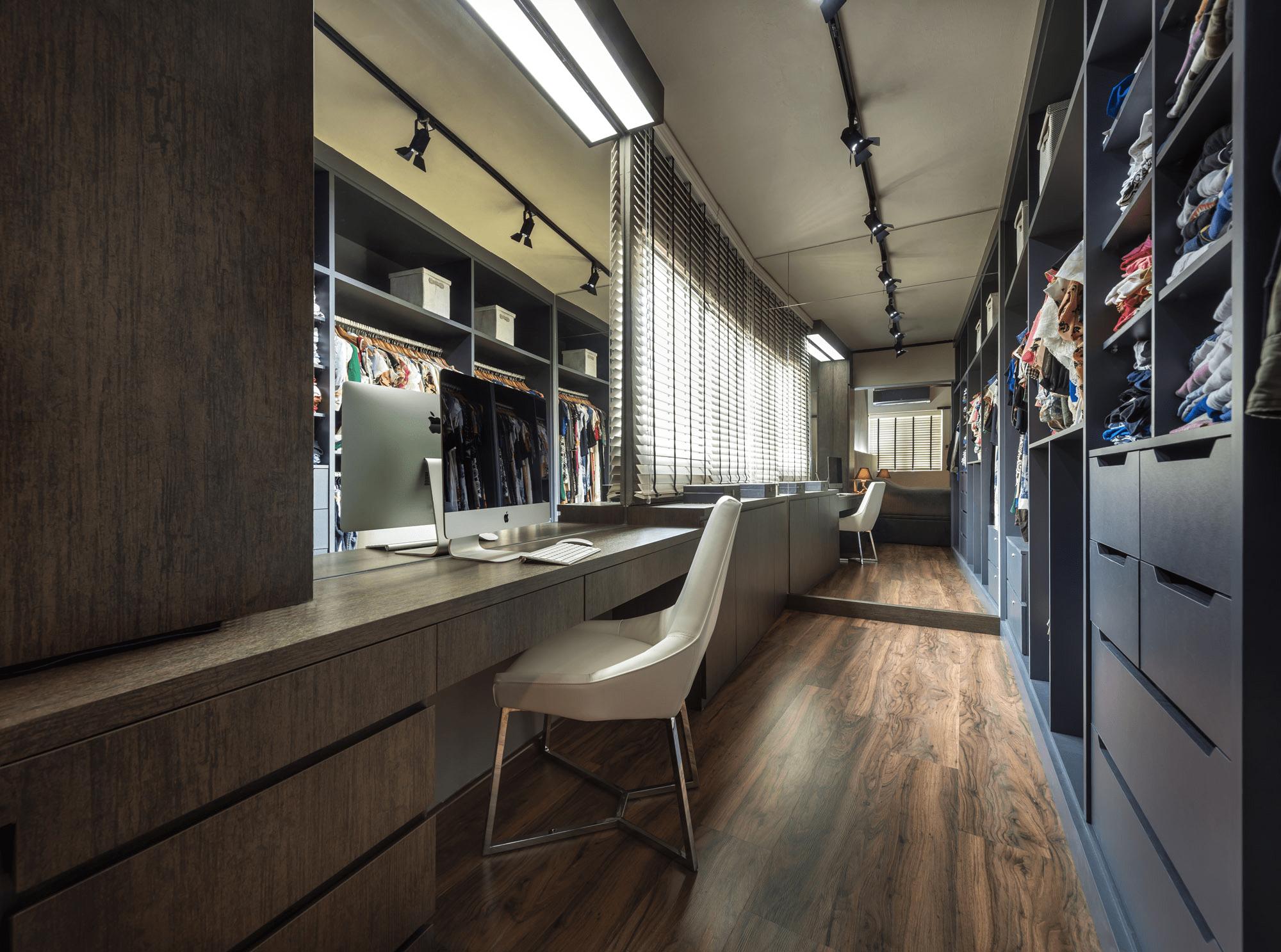 Luxe walk-in closet
