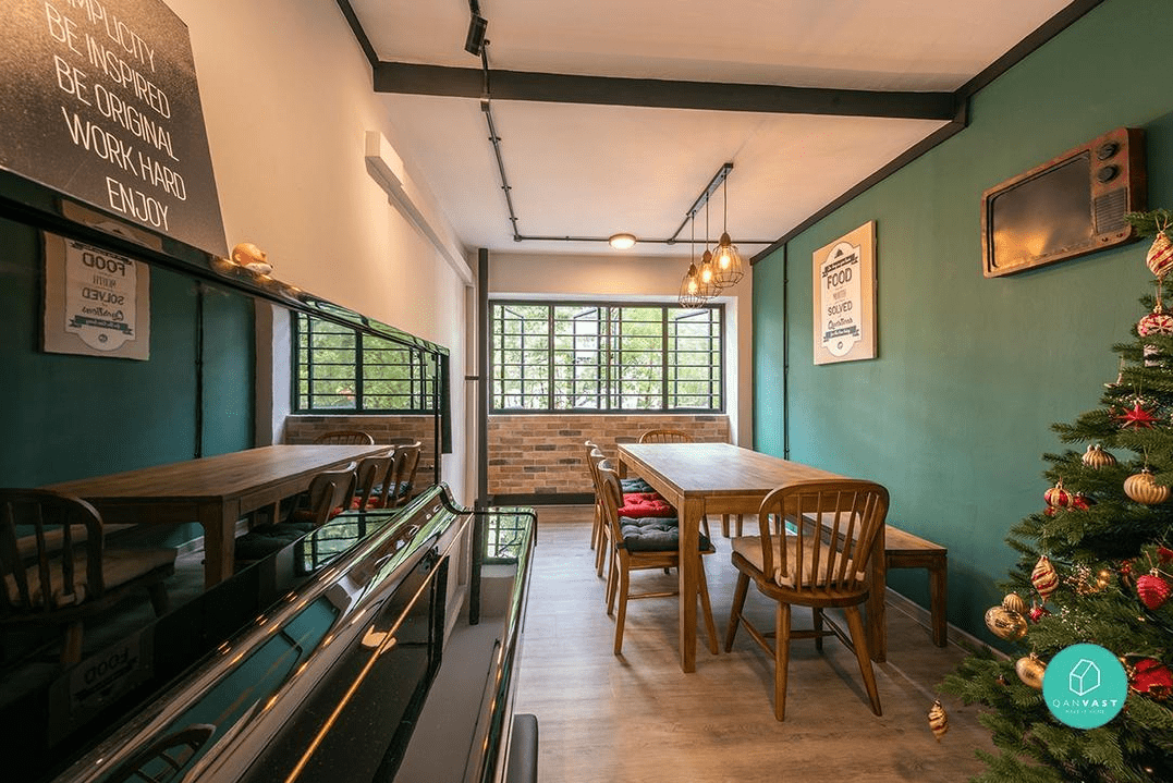 Friends-themed dining room