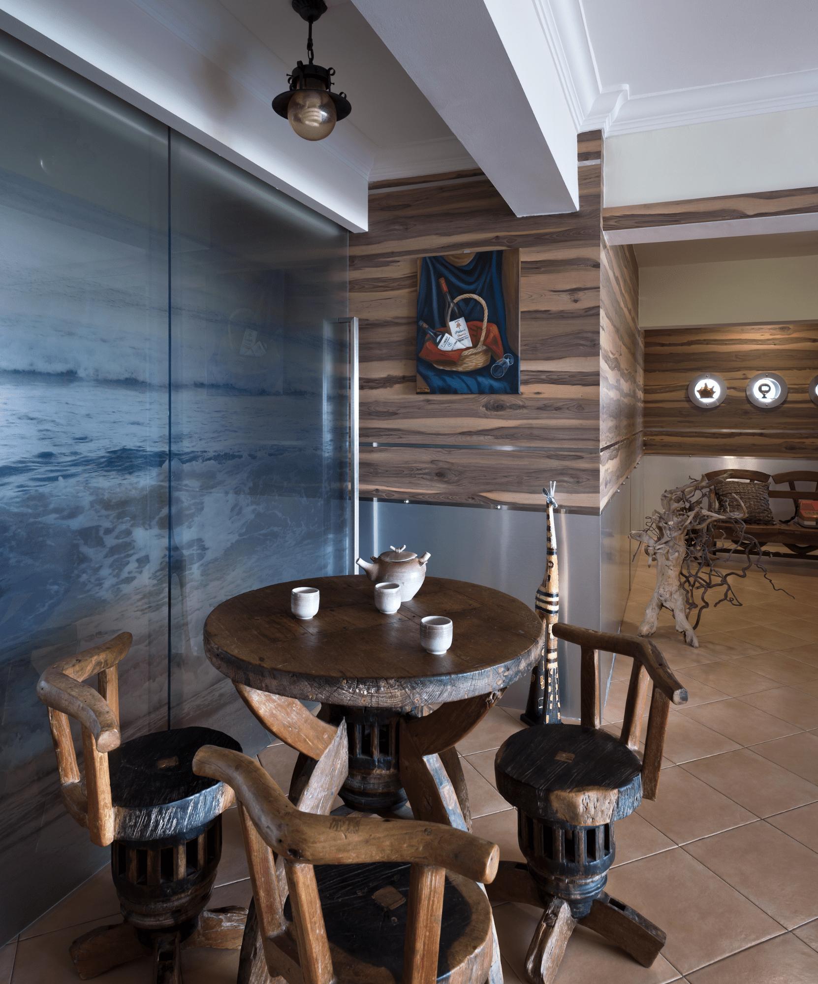 Boat-themed living room