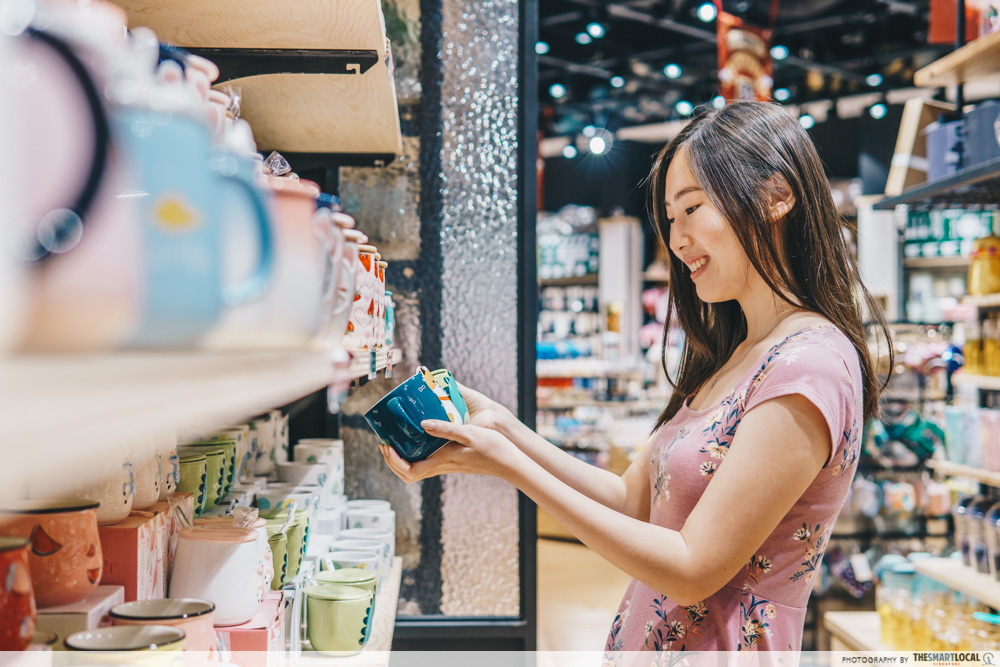 browsing shop products