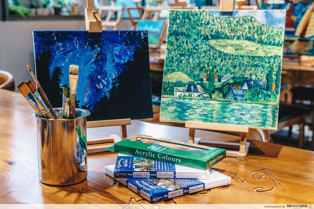 DIY acrylic paint set