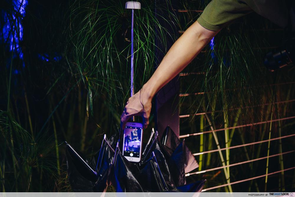 Makeshift phone tripod - umbrella