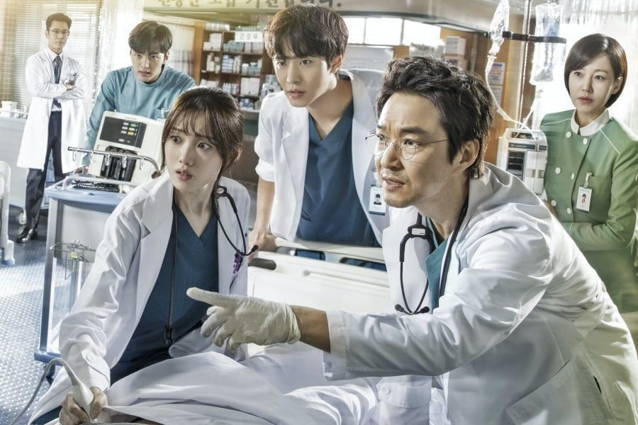 Dr. Romantic 2 korean drama