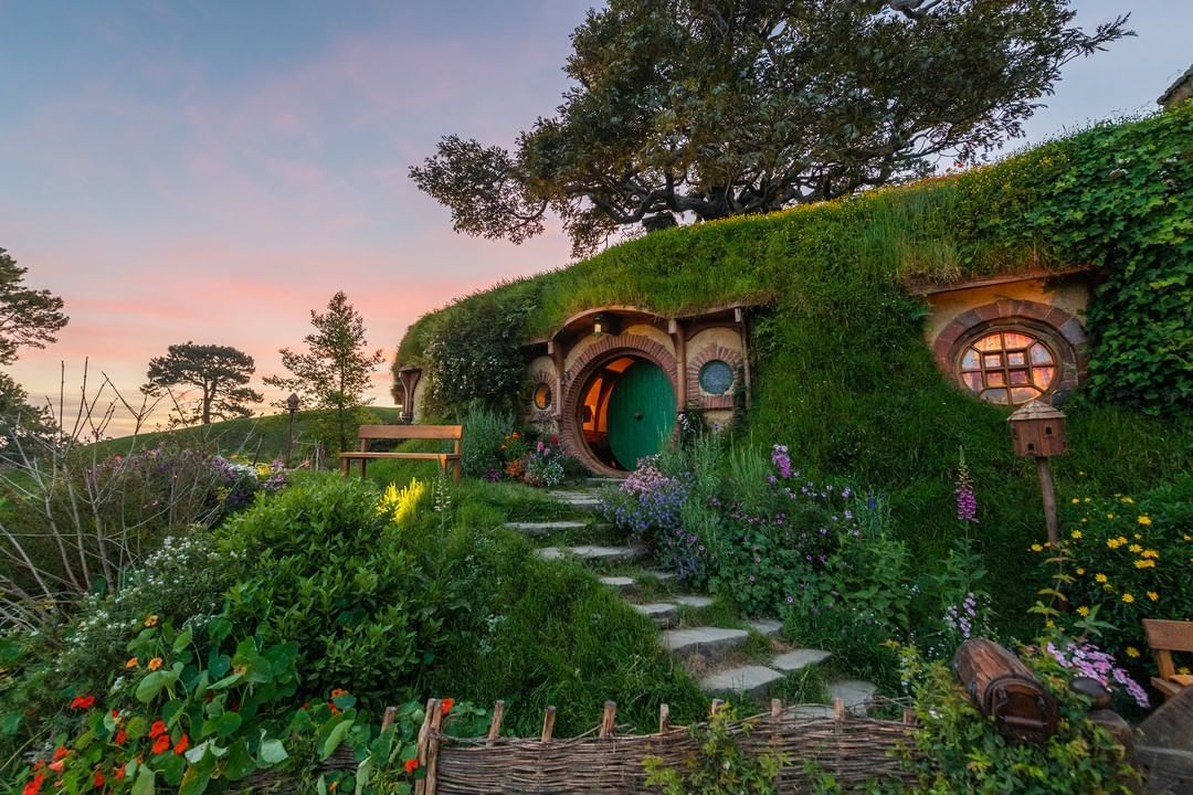 New Zealand road trip hobbiton