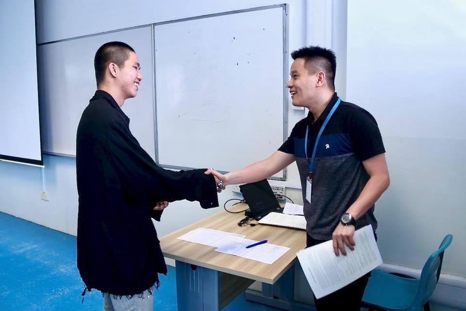 teachers - University application FAQs & tips