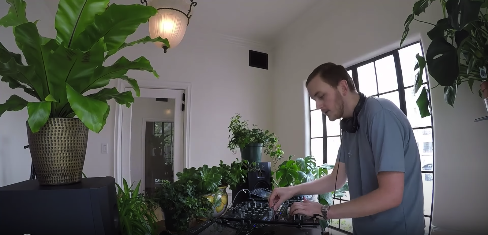 Guy Lawrence from electronic group Disclosure performs live from home on Boiler Room Streaming From Isolation.