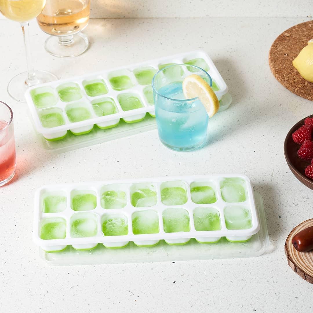 ice cube tray lifespan