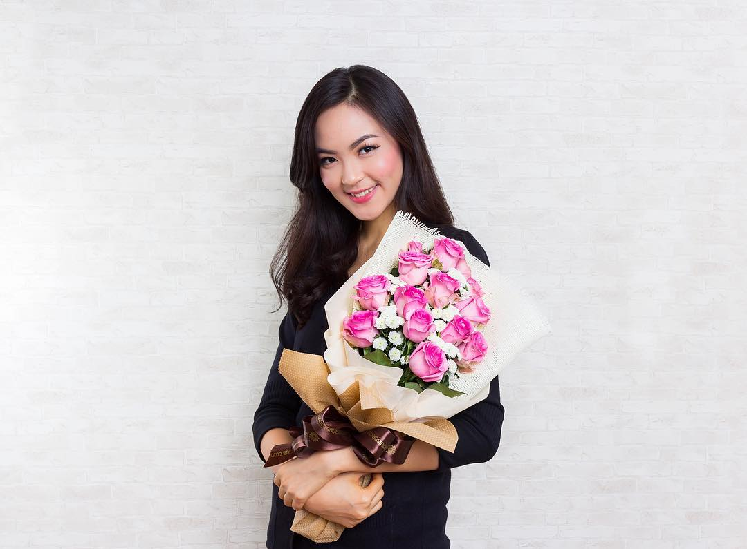 FlowerAdvisor offers flower delivery Singapore discounts with 15% off all purchases.