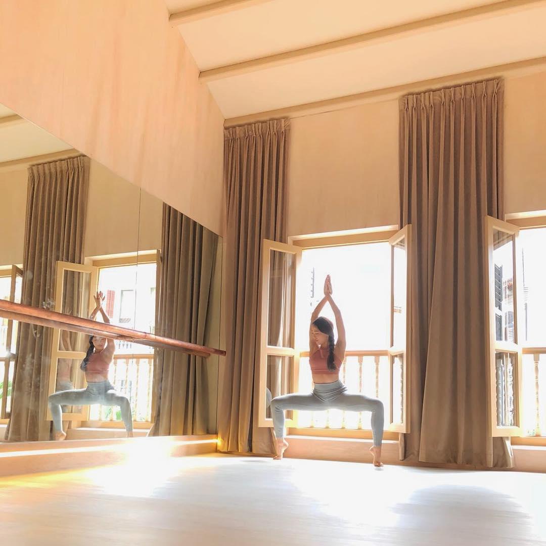Barre Lab Yoga YoBarre