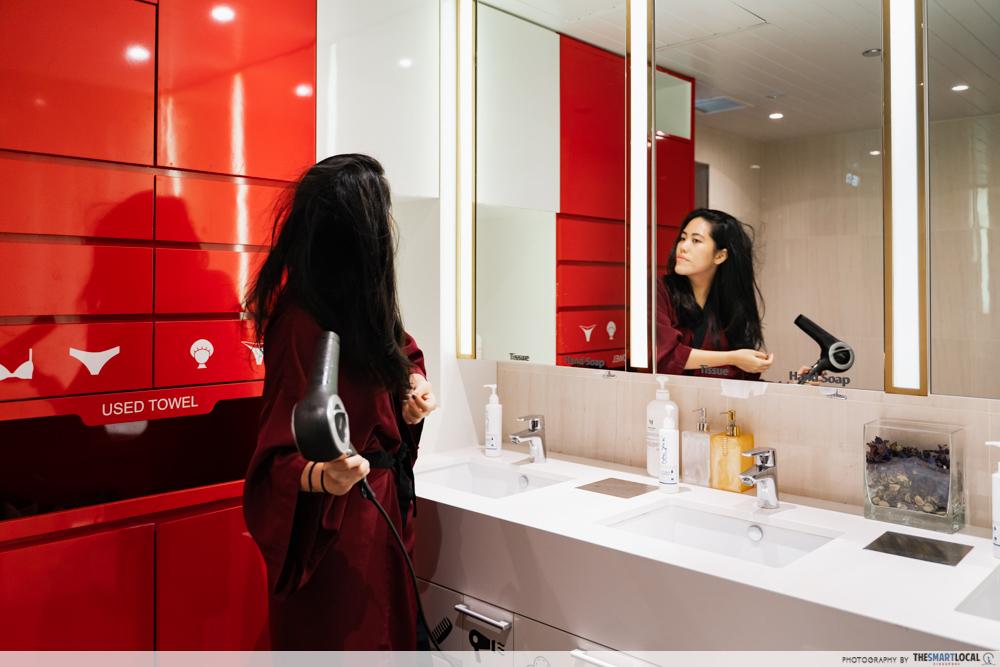 London Weight Management Powerslim Locker Room Hair Dryer