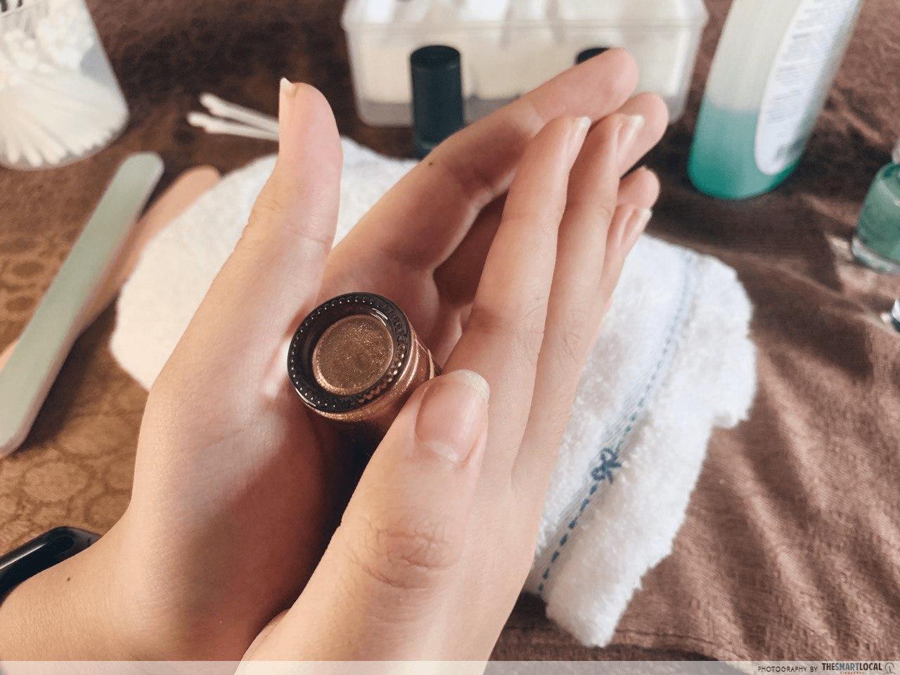 Nails - rolling bottle