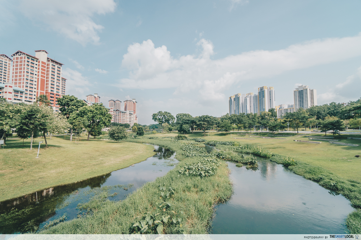 Nearby is the Bishan-Ang Mo Kio Park, ideal for recreation.