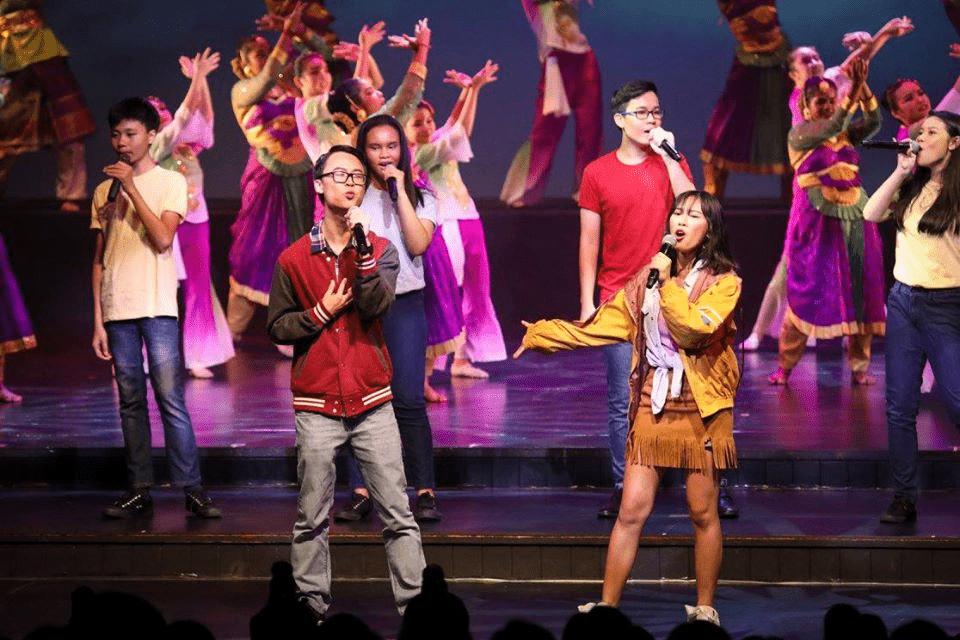 School Experiences in Singapore Choir Performance