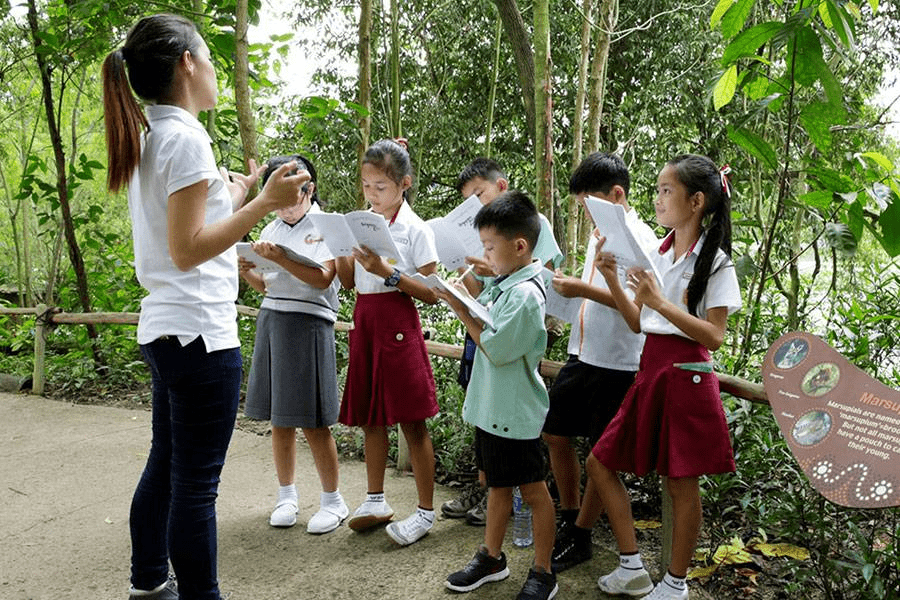 School Experiences in Singapore - Zoo Excursion