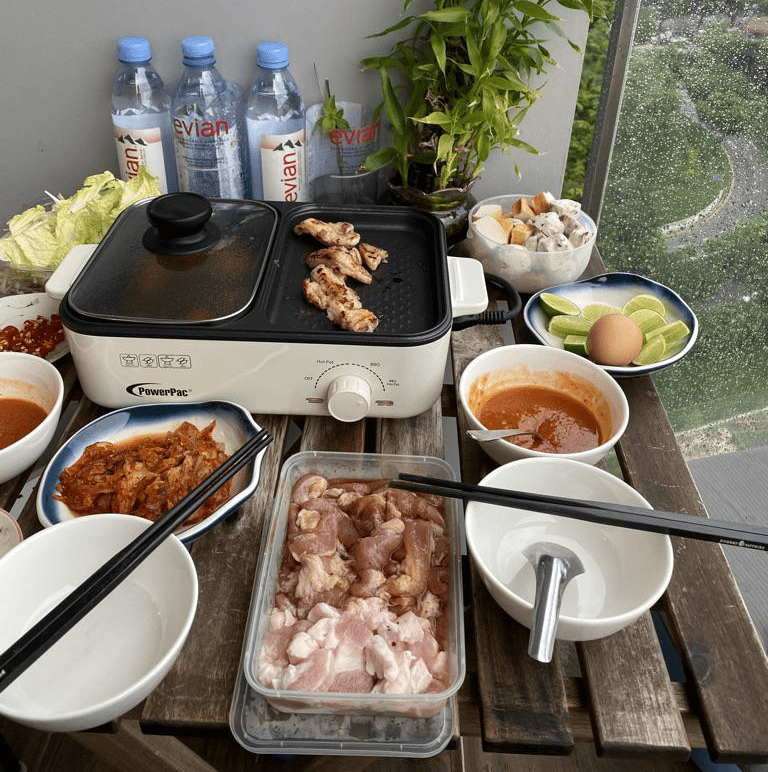Shopee Must-Buys - DIY Grill Multi-Purpose 2-in-1 Hotpot Device